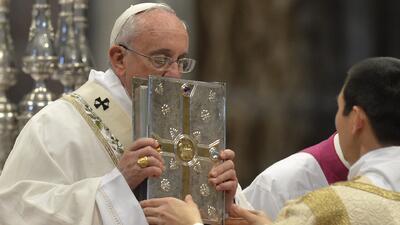 """Papa Francisco afirmó la necesidad de pastores """"con olor a oveja"""" y """"son..."""