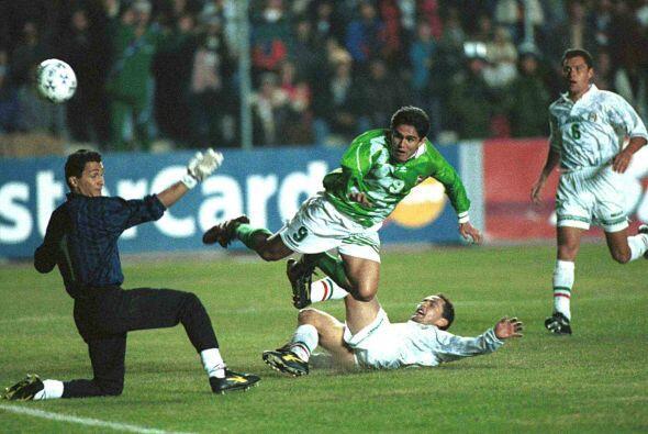 Para 1997 bolivianos y mexicanos se volverían a ver las caras en otra Co...