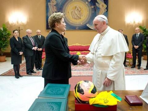 El Papa Francisco recibió este viernes en audiencia privada a la...