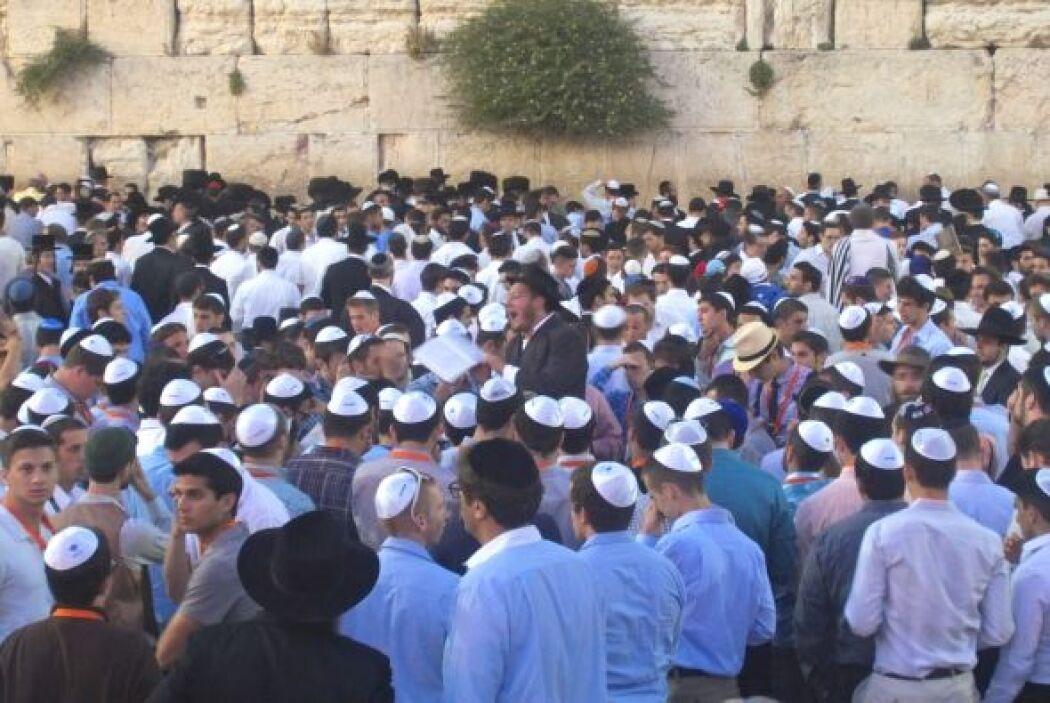 El Muro de los Lamentos, en Jerusalén, fue una de las primeras paradas d...
