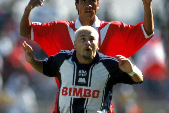 En el Invierno 1999 las Chivas se darían un festín en el e...