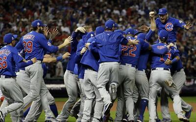 Los Cubs celebraron su tercer título, esta vez en casa ajena.
