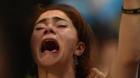 Una noche de lágrimas dejó la primera jornada de la convención