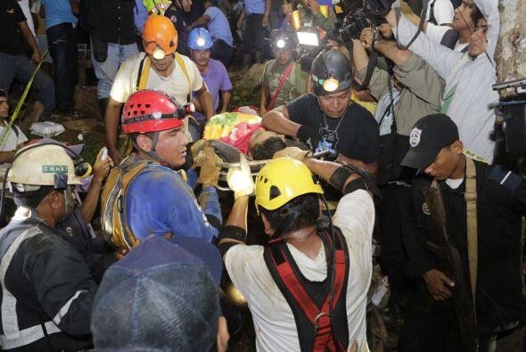 Las autoridades presumen que los trabajadores que siguen desaparecidos c...