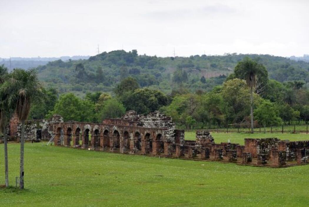 Las reducciones jesuíticas más visitadas son la Misión Jesuítica Guaraní...