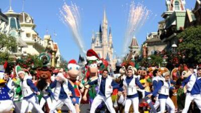 Disney anunció que a partir de febrero, los empleados de sus parques tem...
