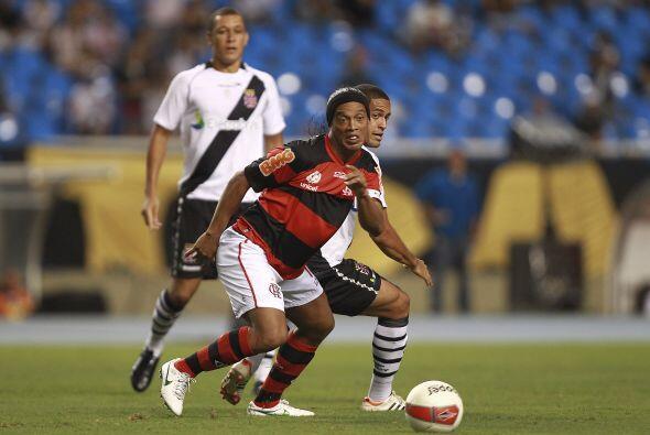 Y fue cuando la magia de Ronaldinho apareció.