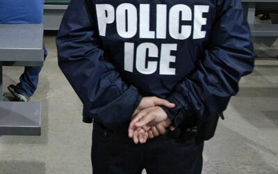 Operativos de ICE tienen preocupados a los inmigrantes que residen en Nu...
