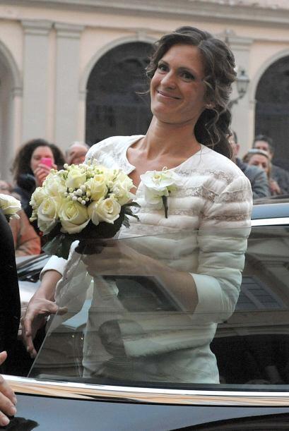 Verónica optó por un vestido sencillo de Ermanno Scervino....