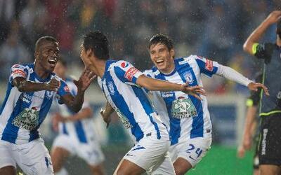 Santos no pudo contra Pachuca y perdió 2 - 0