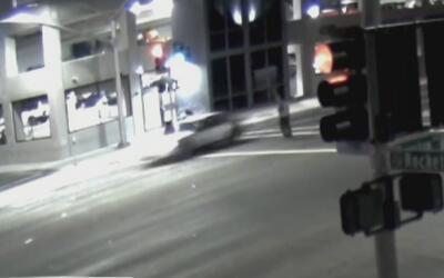 Policía de Hawthorne busca a conductor que arrolló a tres mujeres y escapó
