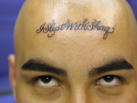 "Un fan de Shaquille O''Neal atrevió a tatuarse ""Me acost&eac..."