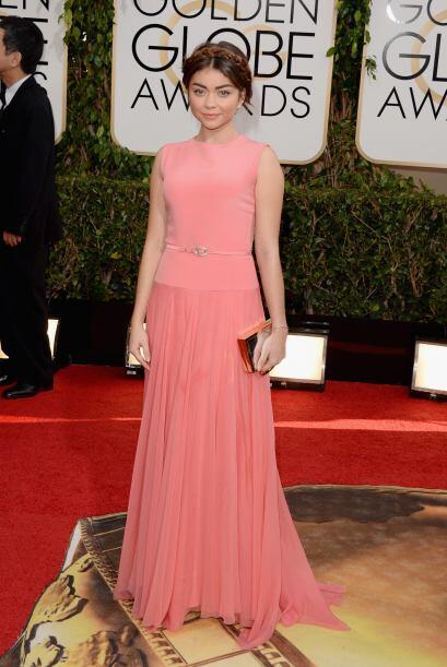 El vestido de Georges Hobeika hizo que Sarah Hyland dejará de ver...