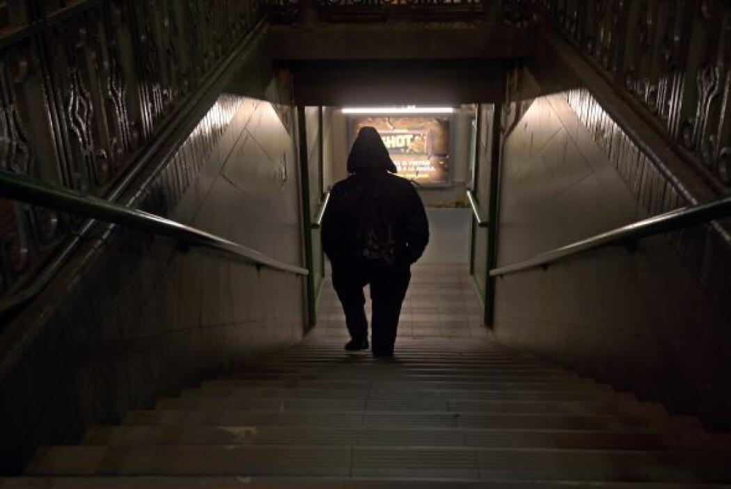 En la capital, la mayoría de las líneas de autobús urbano y metro funcio...