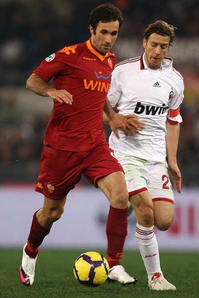Por su parte, Roma y Milan protagonizaron un encuentro por la lucha del...