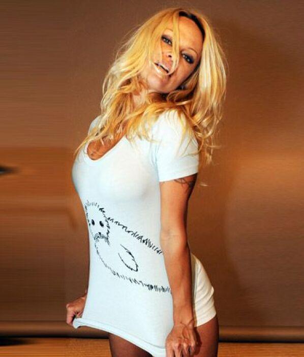 Pamela AndersonAcérrima protectora de animales, ella es la primera ganad...