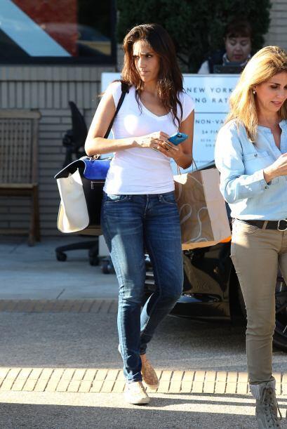 Sandra Echeverría se fue a Beverly Hills con un puñado de amigas para ha...