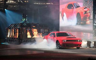 Video: El Dodge Challenger SRT Demon 2018 desde el Auto Show Nueva York...