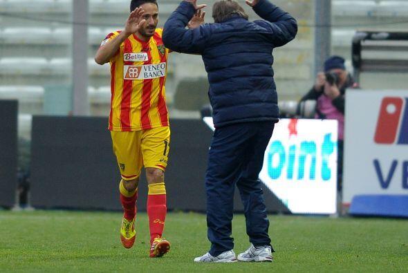 El Lecce respondió anotando tres tantos en el segundo tiempo, dos de Dav...