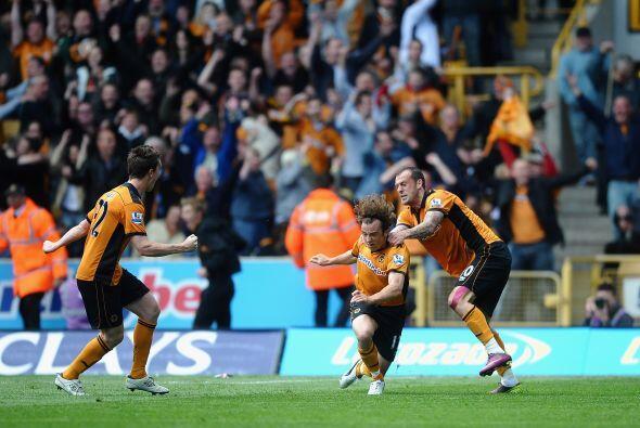 El Wolverhampton cayó con el Blackburn, peor ambos clubes seguir&...