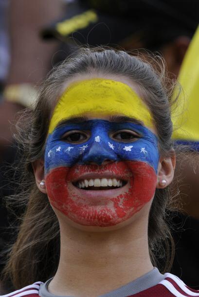 Sin embargo, a pesar de la derrota la ´barra brava´ venezola...