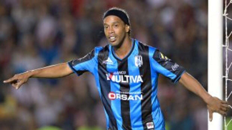 Ronaldinho está feliz en México.