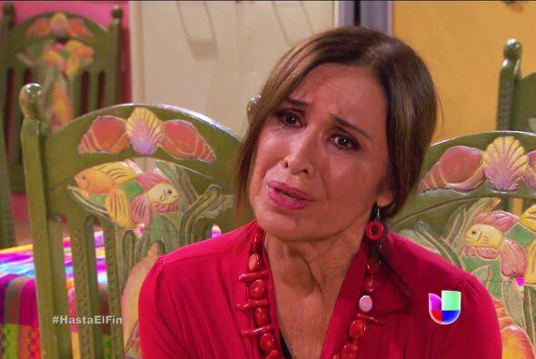 Su hijo está sufriendo como nunca doña Lupita, dele su apo...