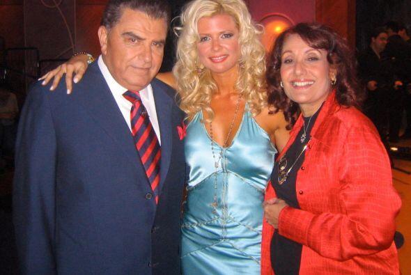 La cubana viajó, conoció y entrevistó a importantes...