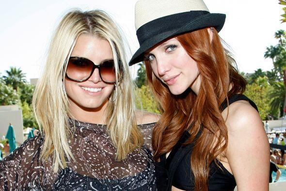 Jessica y Ashlee Simpson. La primera en saltar a la fama fue Jessica Sim...