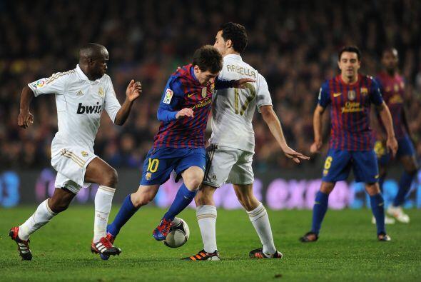 La diferencia que se observa entre Real Madrid y Barça con respec...