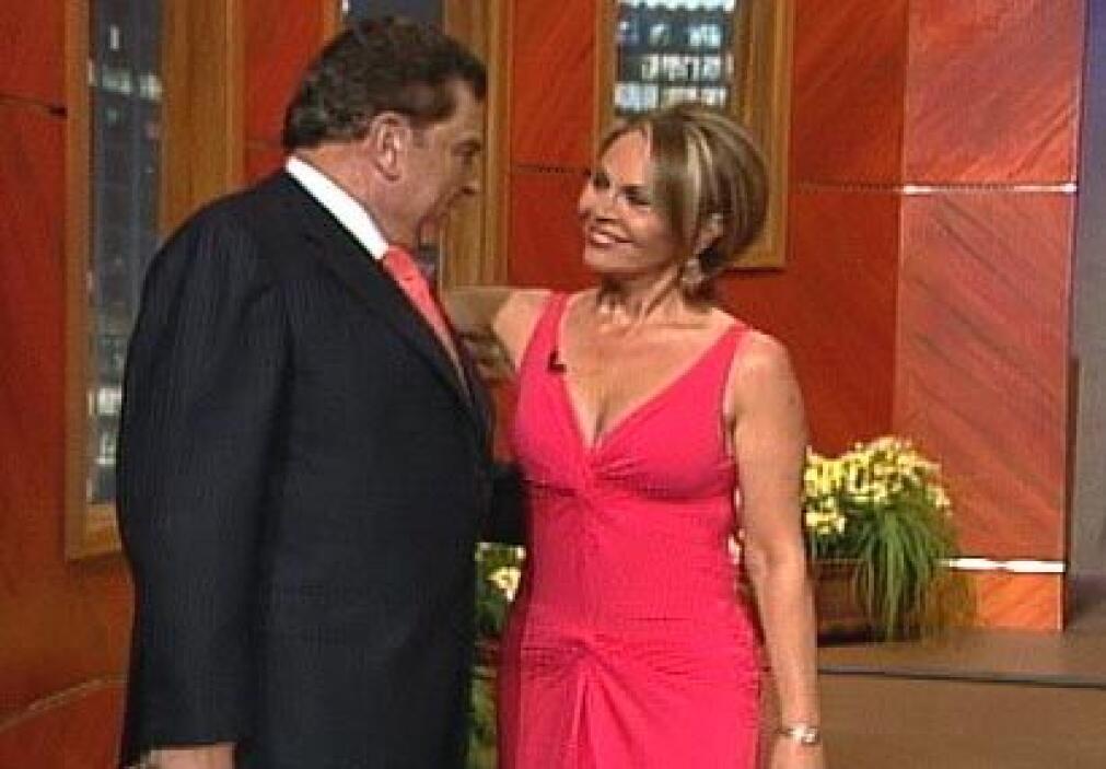 Maria Elena Salinas llegó al Don para hablar de una de las investigacion...