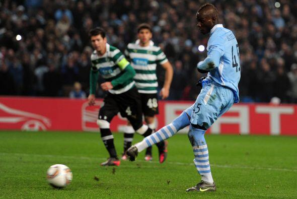 Un penalti más que polémico fue convertido por el italiano Mario Balotelli.