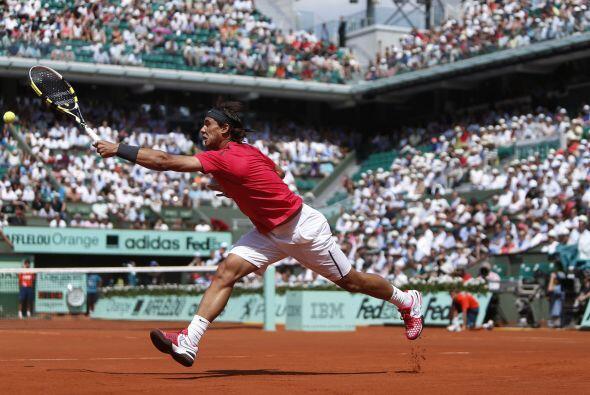 Por su parte el español Rafael Nadal abrió su defensa del título y la pu...