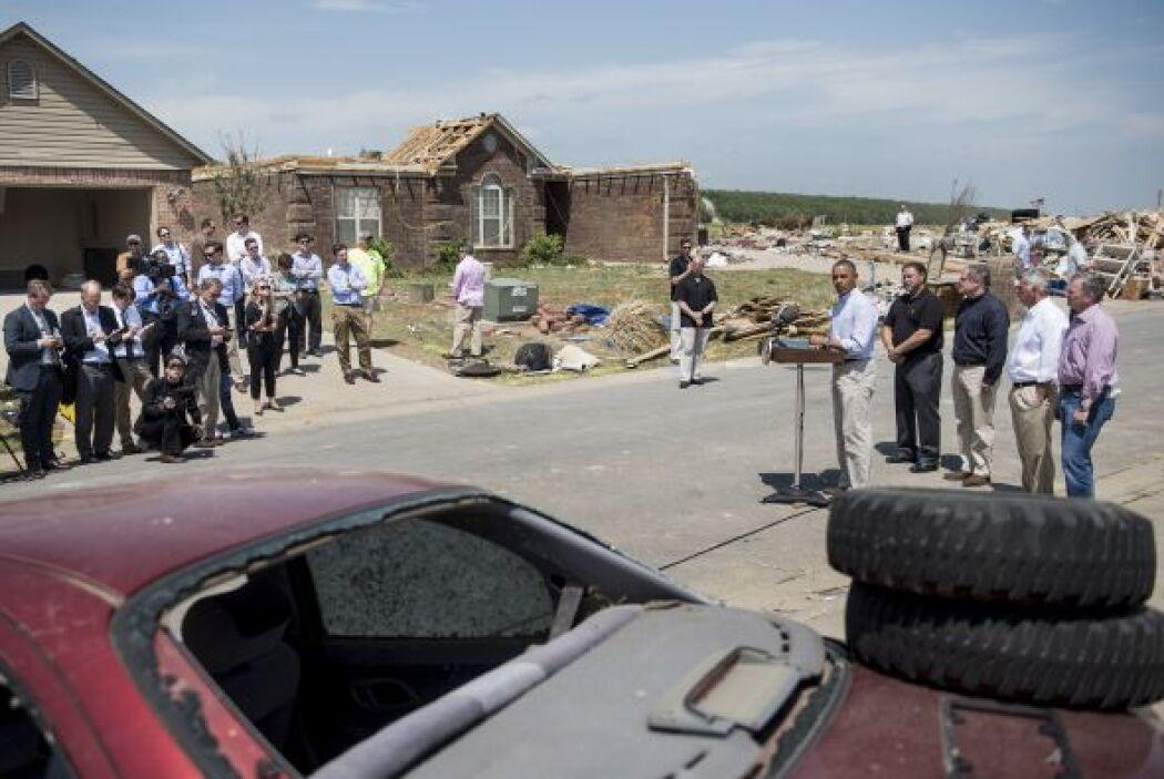 Una localidad donde un tornado dejó 15 muertos y numerosos daños materia...