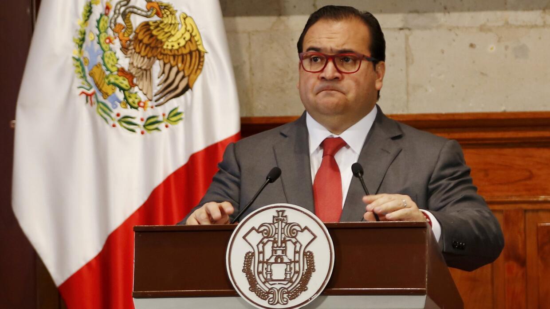El PRI suspende los derechos partidistas del gobernador de Veracruz