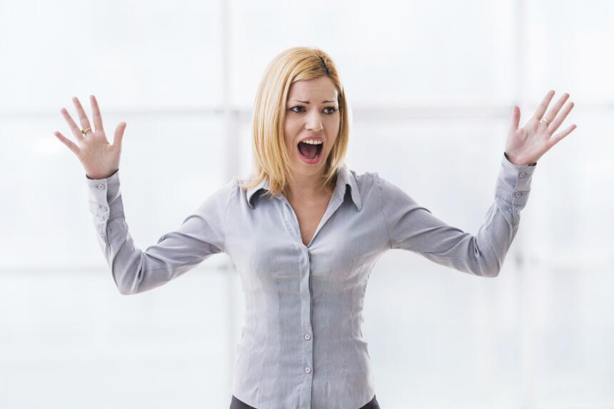 Cuando abrazamos a alguien, el cerebro reduce la producción de co...