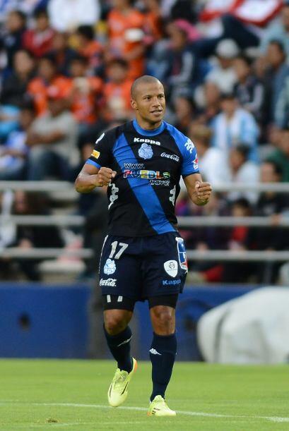 El mediocampista de la Franja tiró tres veces a gol, anotó al minuto 23...