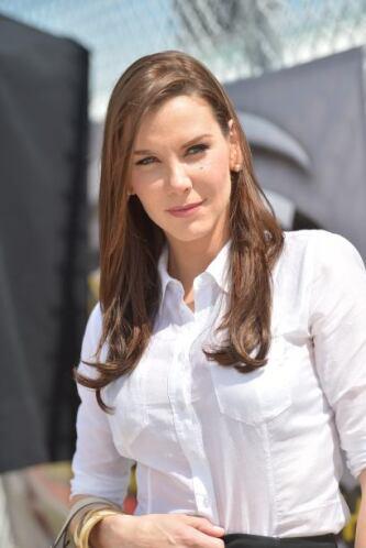 Gabriela Vergara nació el 29 de mayo de 1974 en Caracas, Venezuela y est...