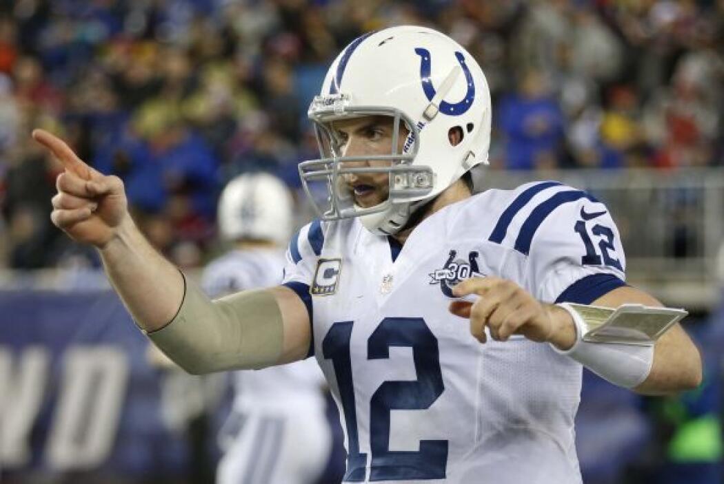 N° 25 El de Andrew Luck, QB de los Indianapolis Colts (AP-NFL).
