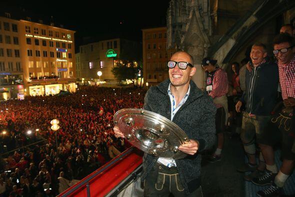 Arjen Robben con Bayern Munich quedó Campeón de la Bundesliga alemana en...