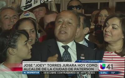 Jose Torres jura como nuevo alcalde de Paterson
