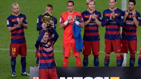 Messi ofrece 5to. Balón de Oro al Camp Nou