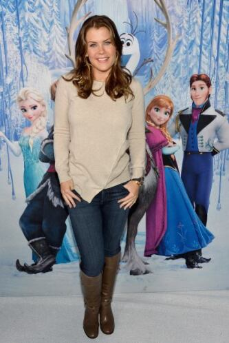 Alison Sweeney dejó claro que los suéteres y las botas son el 'must' par...