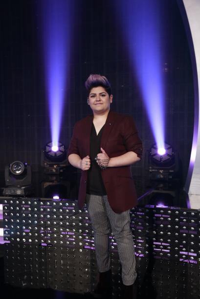 Stephanie Guzmán, con nuevo look una vez más.