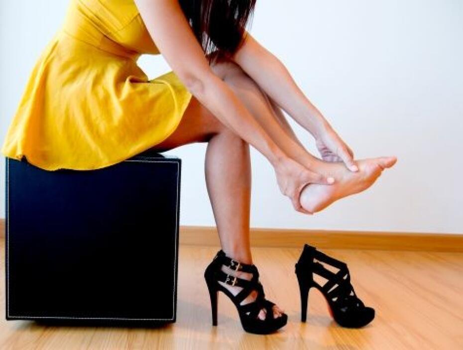 Otras lesiones pueden ser en la parte del tobillo y crear juanetes. Las...