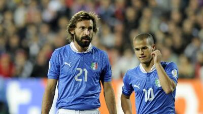Andrea Pirlo y Sebastian Giovinco con la selección italiana