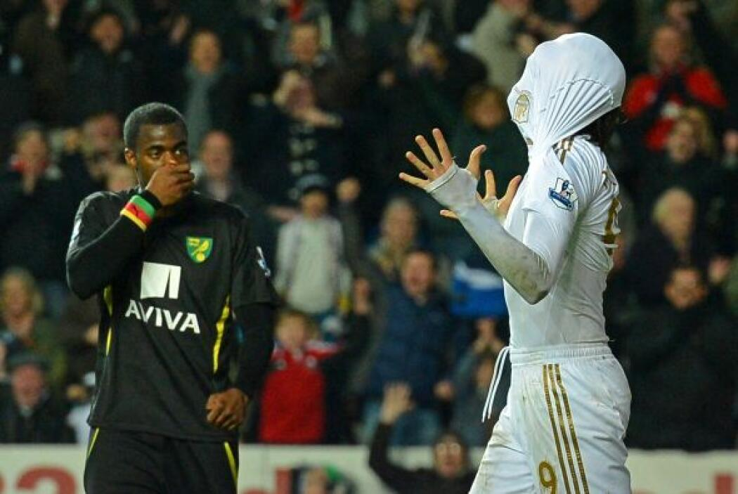 El español marcó dos tantos ante el Norwich City, aunque no pudo evitar...