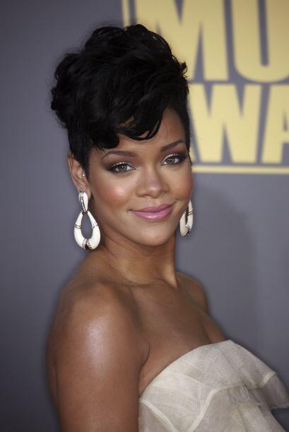 En un principio la oficina de Rihanna mandó un comunicado explica...