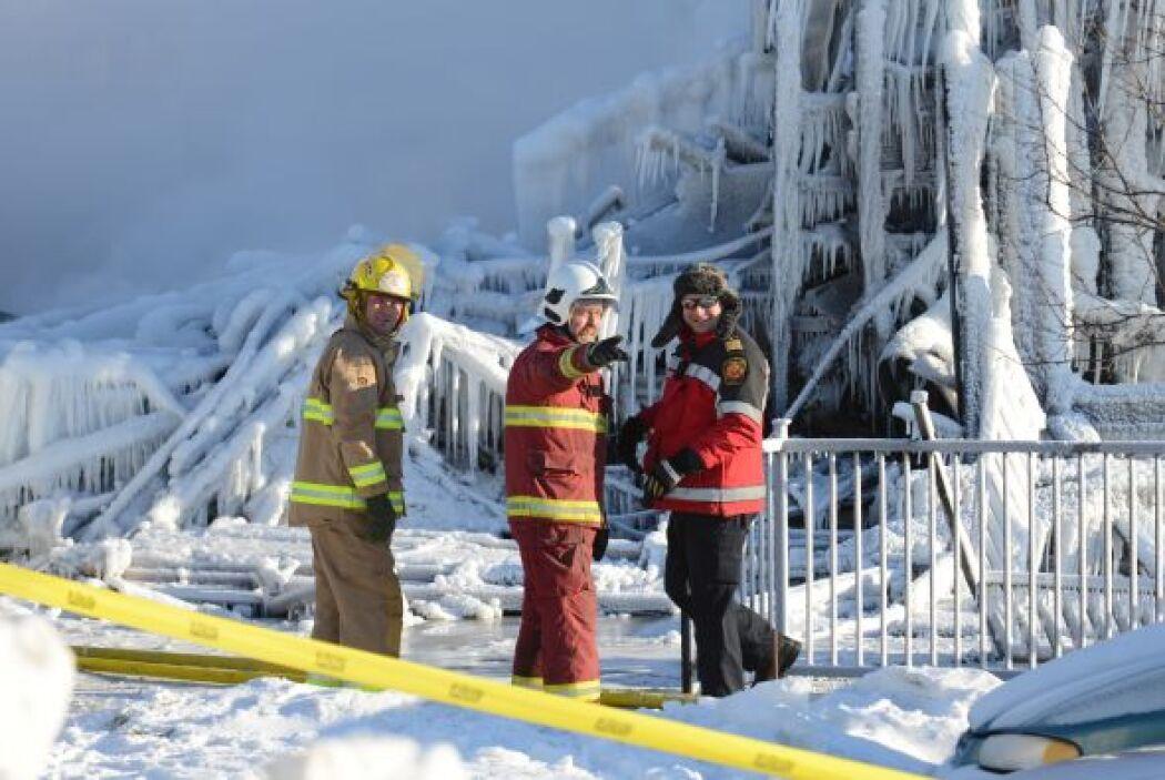 Lapointe agregó que diez supervivientes y dos policías fueron hospitaliz...