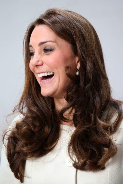 Wow! Esta visita oficial le cayó de maravilla a la embarazadísima Kate.